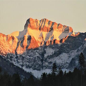 Golden Mountain Top by dymock