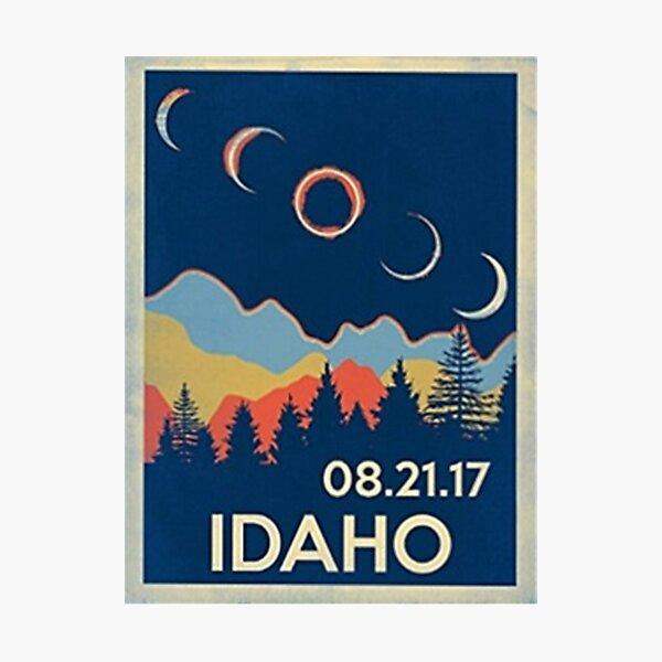 VINTAGE IDAHO SOLAR ECLIPSE 2017 SHIRT Photographic Print