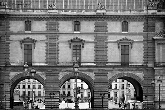Musee du Louvre - Place du Carrousel - Paris - Black and White by Yannik Hay
