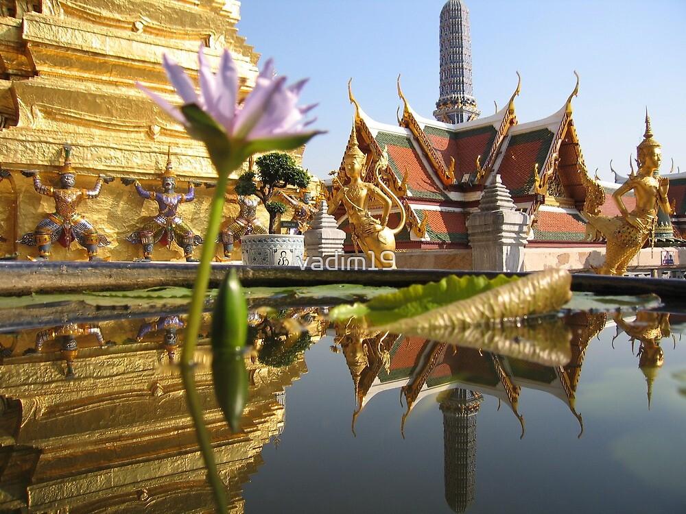 Wat Phra Kaew, Bangkok, Thailand by vadim19