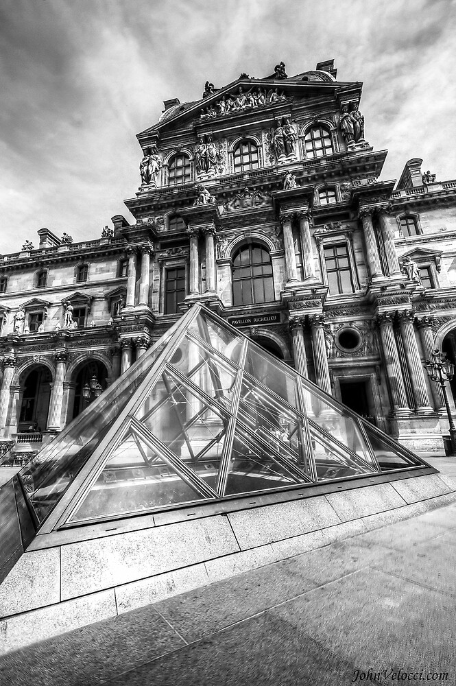 Musee du Louvre, Paris 5 by John Velocci