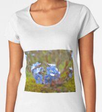 Blooming lovely  Women's Premium T-Shirt