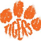 Tiger Paw by hollybrooker4rt