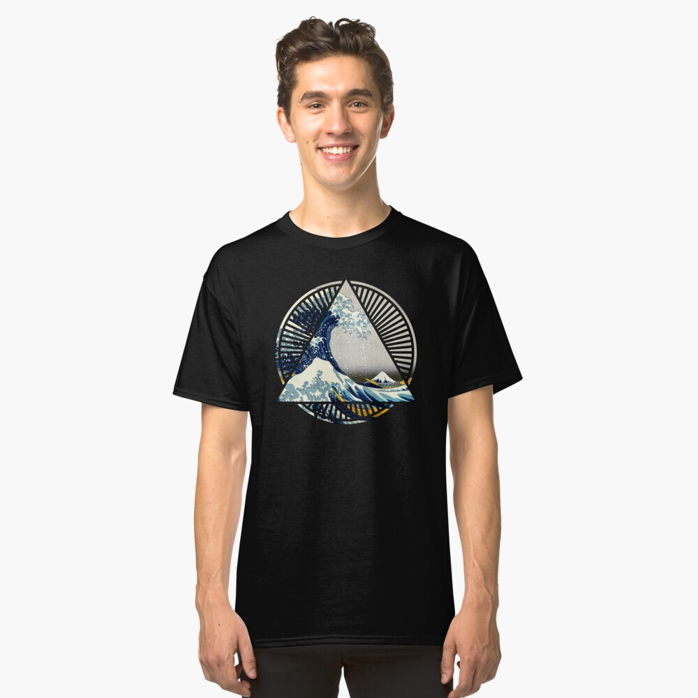 Vintage Hokusai Mount Fuji Great Tsunami Wave Japanese Geometric Manga Shirt Classic T-Shirt Front