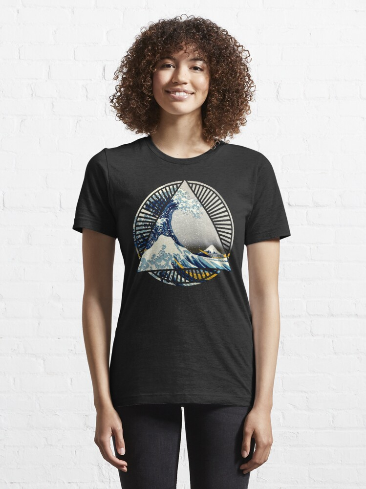 Alternate view of Vintage Hokusai Mount Fuji Great Tsunami Wave Japanese Geometric Manga Shirt Essential T-Shirt
