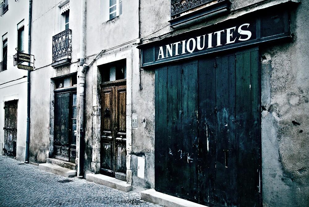 Antiquites by Sue Wickham