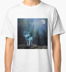 Lone Wolf Moon Classic T-Shirt