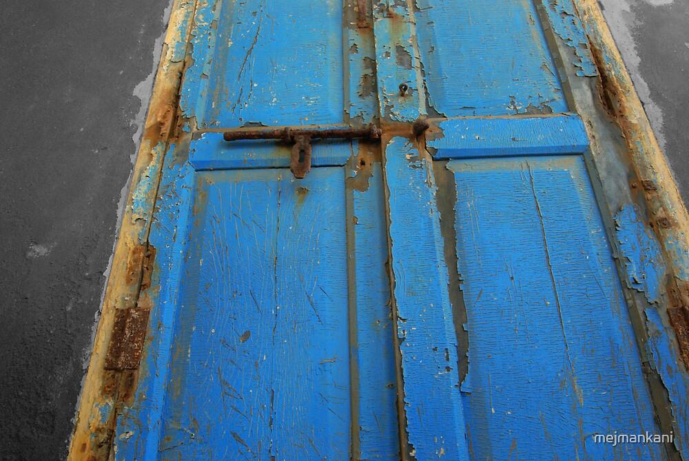 Rusty Old Door by mejmankani