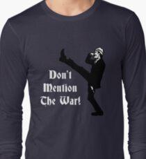 Camiseta de manga larga Fawlty Towers - No menciones la guerra
