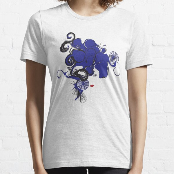 isabellalugosi Essential T-Shirt