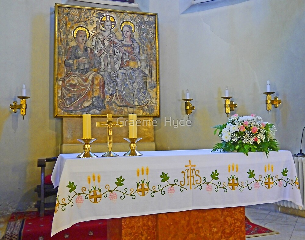 Altar in Jak Church by Graeme  Hyde