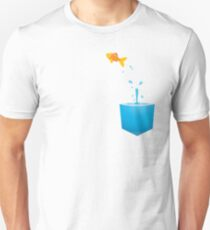 Glass fish bowl T-Shirt