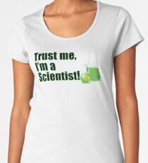 Vertrauen Sie mir, ich bin ein Wissenschaftler Lustiges wissenschaftliches Forschungsdesign Premium Rundhals-Shirt