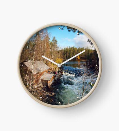 Suomi Clock