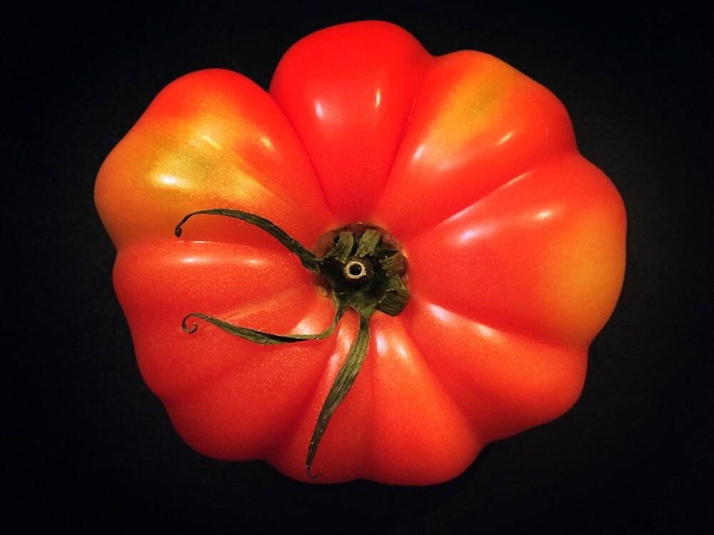 Beautiful Tomato by Gary Hoare