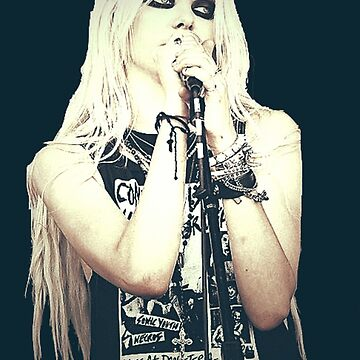 Taylor Momsen by NOwhereNOW