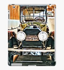 1918 Cadillac Limo With No State Name iPad Case/Skin