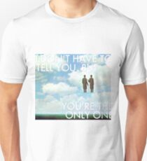 you make loving fun (magritte) T-Shirt
