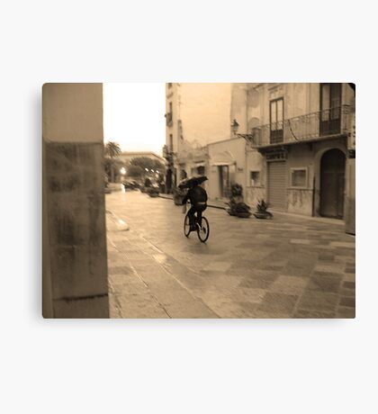 Hommage to Cartier-Bresson Canvas Print