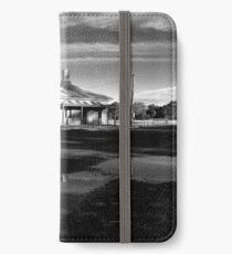 Barleyfields Gatekeeper's Cottage - Uralla iPhone Wallet