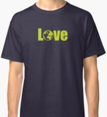 love earth Classic T-Shirt