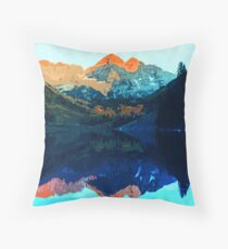 The Wonderful Maroon Bells - Landscapes of USA Throw Pillow