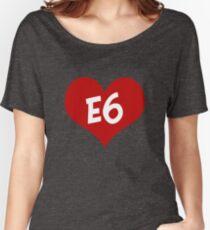 E6 entwickelt sich Loose Fit T-Shirt