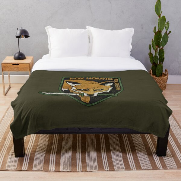 Vintage Fox Hound Insignia V01 Throw Blanket