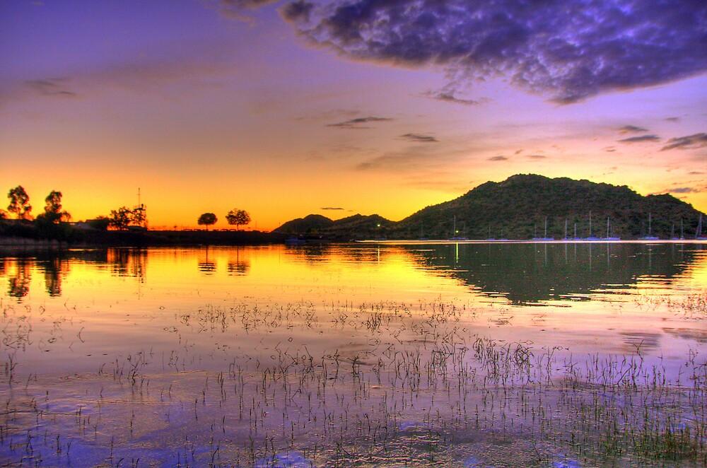 Sunrise over the Gariep by Gideon van Zyl