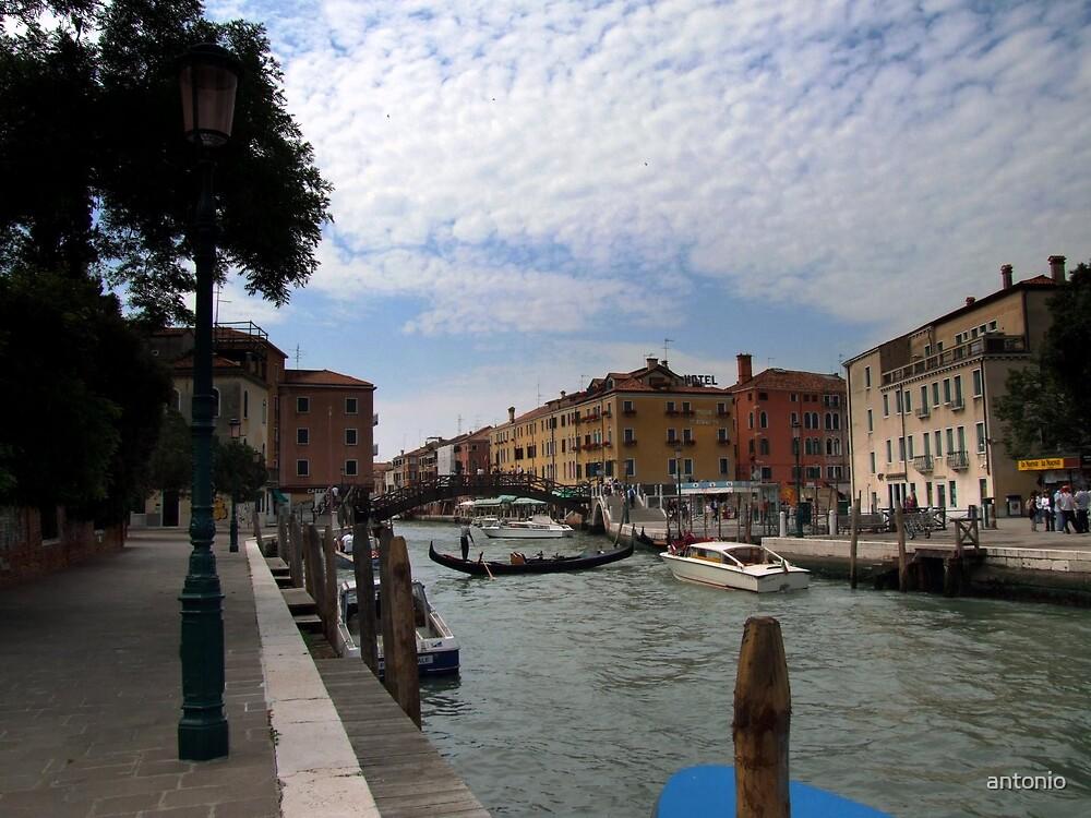 Venice and the Sky by antonio