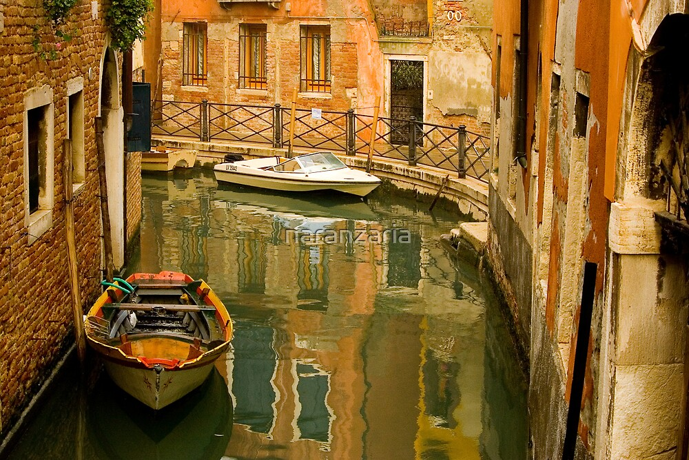 Reflections on a theme of Venice  by naranzaria