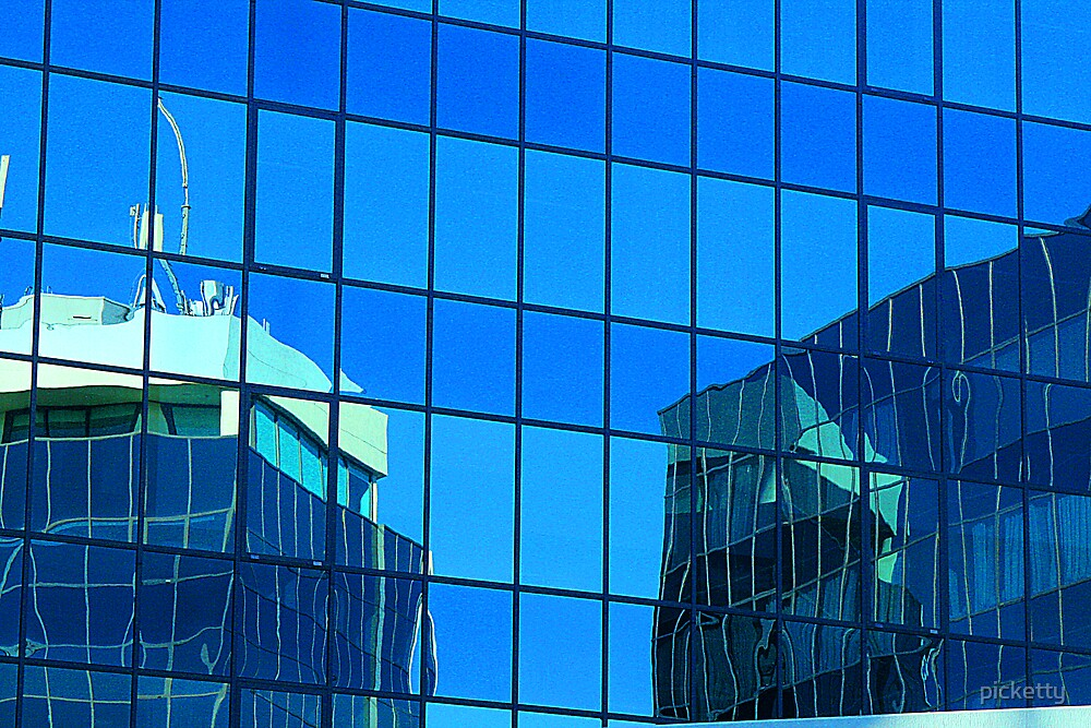 windows on windows reflection by picketty