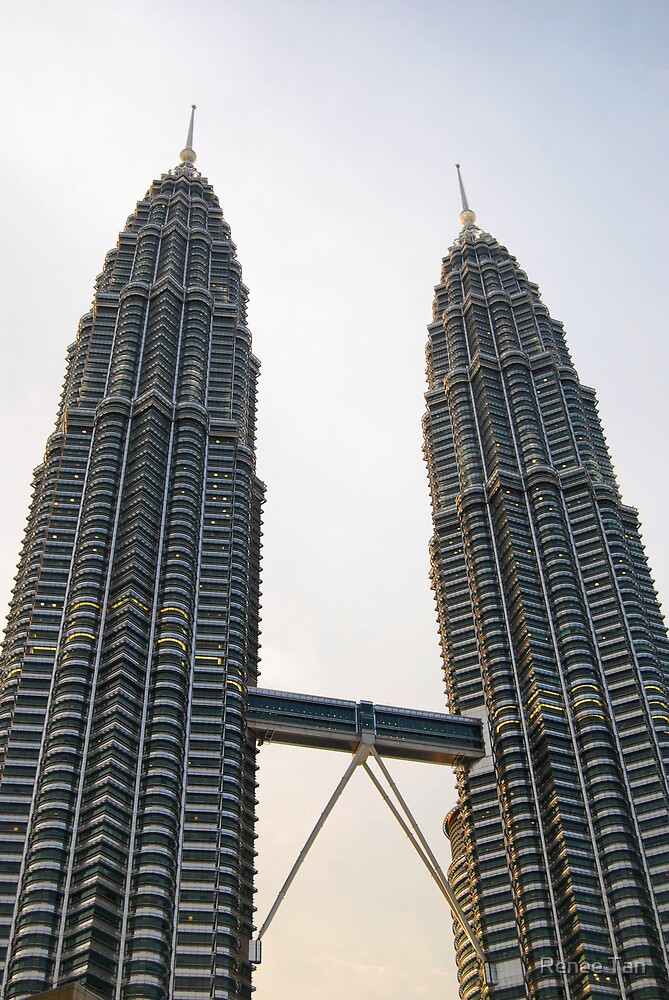 The KLCC Twin Towers by Renee Tan