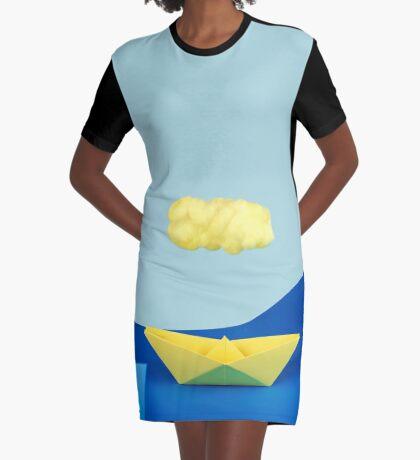 Die gelbe Wolke über dem gelben Schiff T-Shirt Kleid