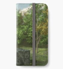 Discovery iPhone Wallet/Case/Skin