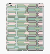 Retro Mod Ogee Pastel Pink & Moss Green Abstract Pod Pattern iPad Case/Skin