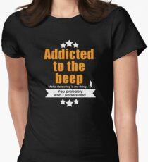 Metal detecting tshirt, fun gift idea Women's Fitted T-Shirt