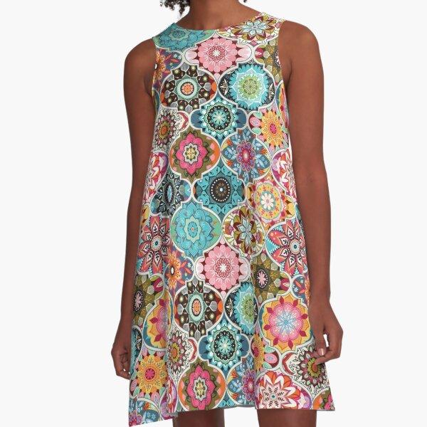 Böhmischer Sommer A-Linien Kleid