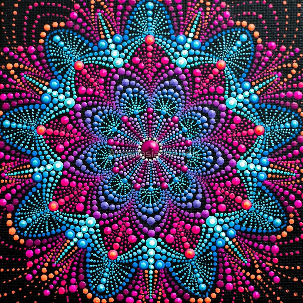 Mandala painting on canvas by Anastasia Helten