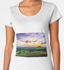 Captain Cook Country Women's Premium T-Shirt