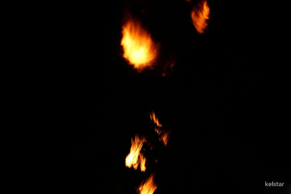 flames at crown by kelstar
