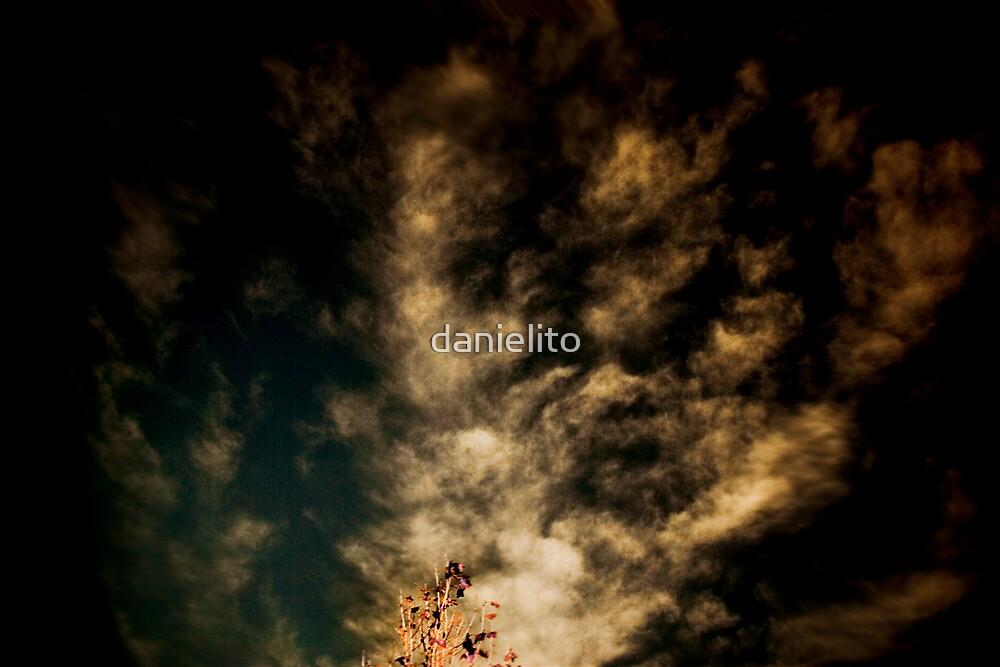 Reaching by danielito