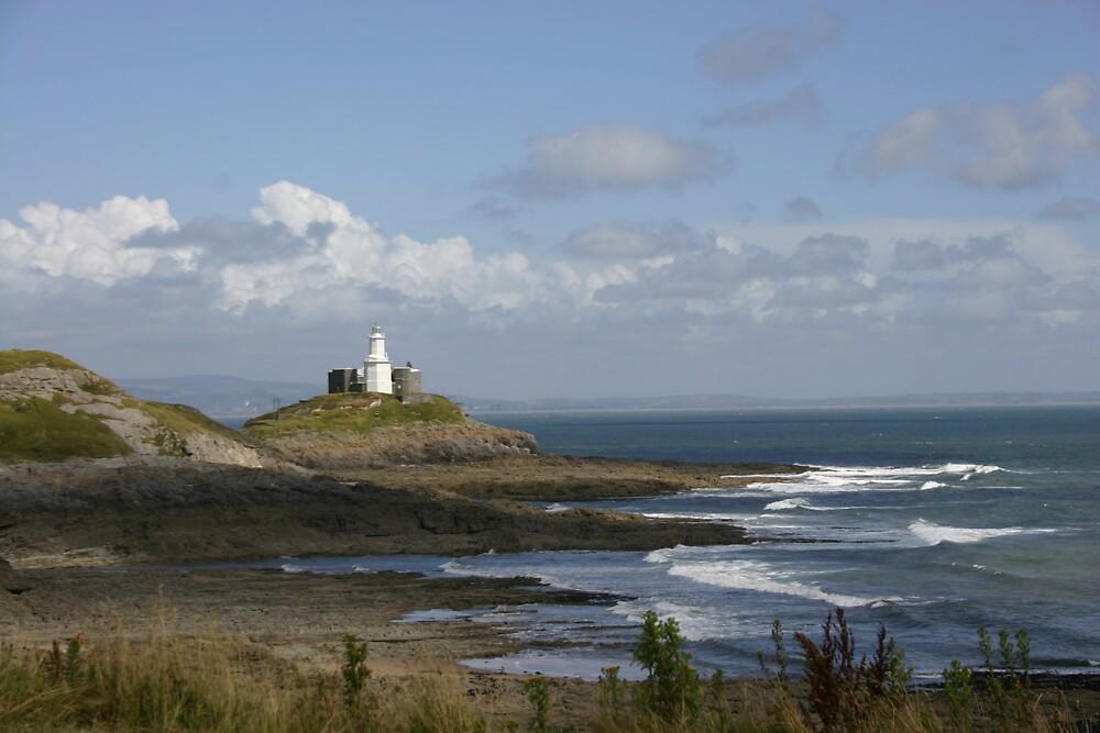 Mumbles lighthouse by desertman