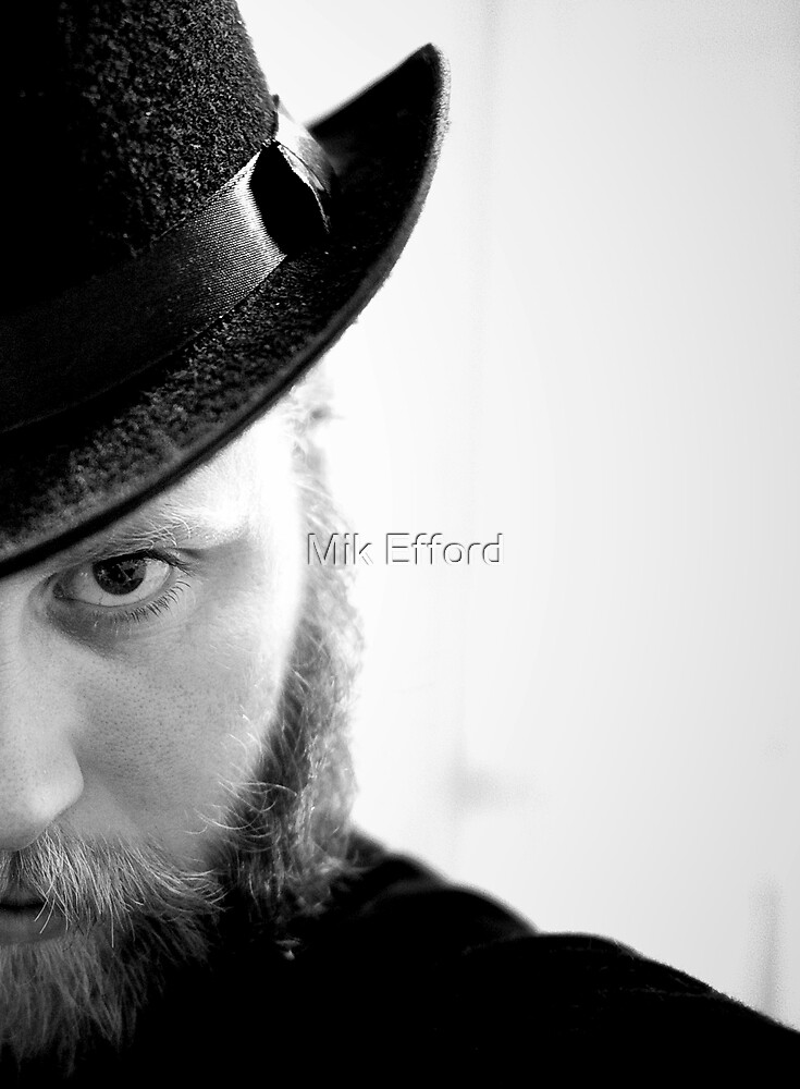 the stare by Mik Efford