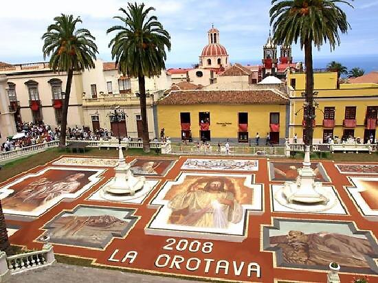 main sand carpet, Puerto de la Cruz, Spain by chord0