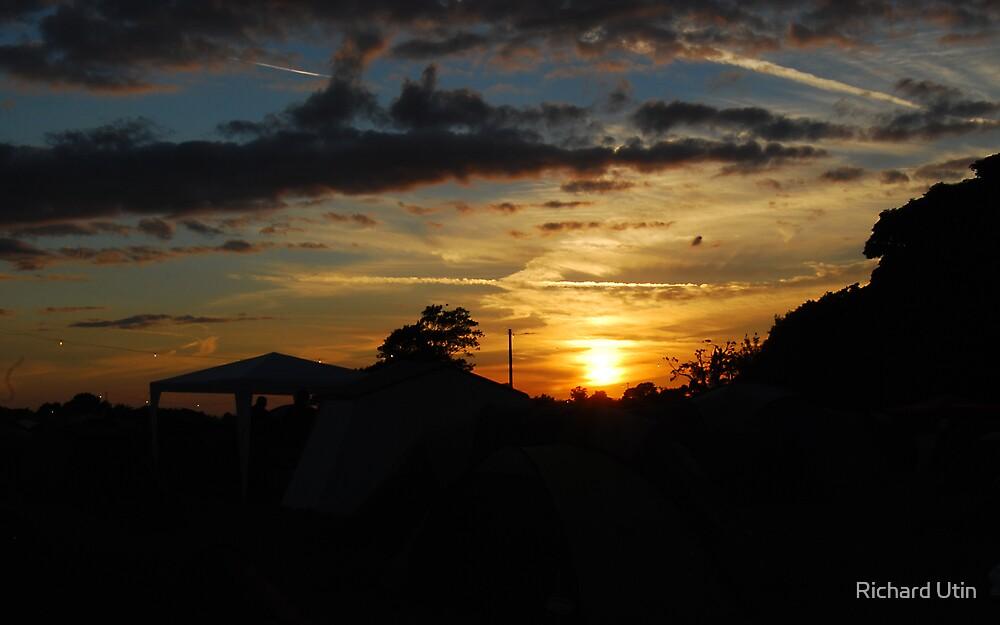 The Sun Goes Down by Richard Utin