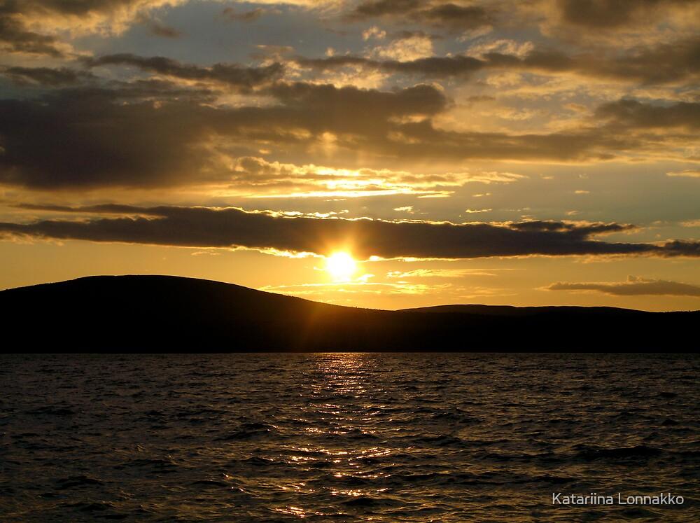 Midsummer sun I by Katariina Lonnakko