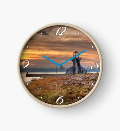 View point Clock