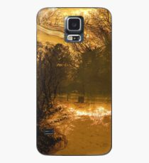 Travels While Sleeping V Case/Skin for Samsung Galaxy