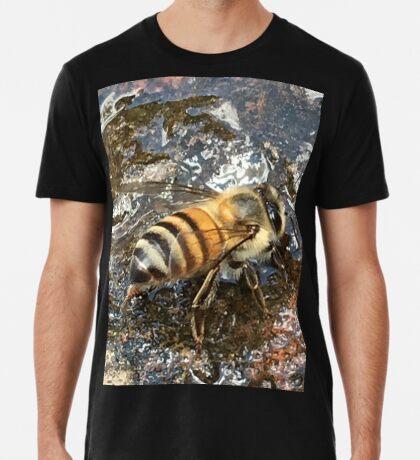 African Bee (Apis mellifera Scutellata) Premium T-Shirt